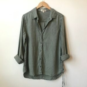 Cloth & Stone Button Down Side Lace Top